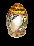 Malowane jajko na talerzu
