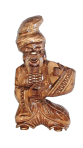 Drewniany posąg kozaka z 0,5 litrową butelką