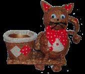 Kot z garnkiem