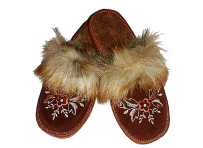 Slippers of natural leather